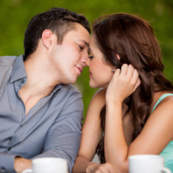 A survey by Dentyl Active reveals the dating habits of Brits