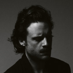 Father John Misty / Credit: Guy Lowndes
