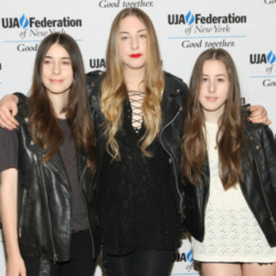 Haim snub Arctic Monkeys