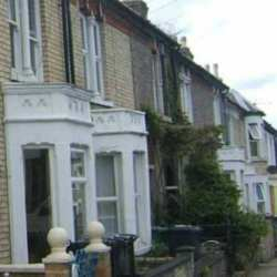 House Prices Continue Tumble