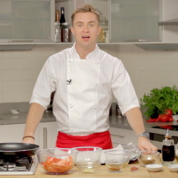 Video: Intense bag-baked plum tomato with chilli flakes, by James Tanner