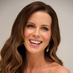 Kate Beckinsale is a natural beauty