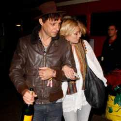 Kate Moss and Jamie Hince at Glastonburt