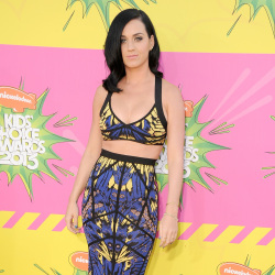 Katy Perry looked hot in her two-piece