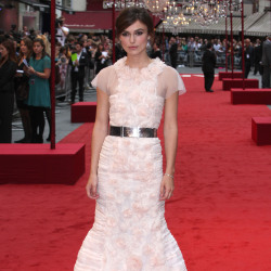 Keira Knightley wows in Chanel Couture