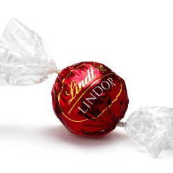 Lindt Maxi Ball: Stocking Filler