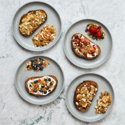 Muesli on Toast