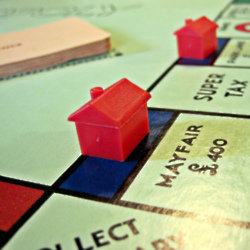 We find out what it means to dream about monopoly