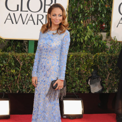 Nicole Richie looked beautiful in a bold blue colour