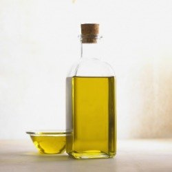 Which oil is best for your hair type?