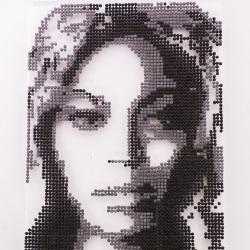 Jenny Frost Helps Make Oreo Pop Beyonce Pop-Trait