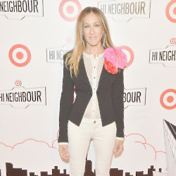 Sarah Jessica Parker adds flowers to her look
