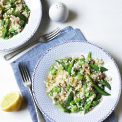 Beetroot & pea risotto