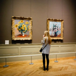 We find out what it means to dream about a museum