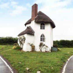 The Round House – Stanton Drew, Somerset