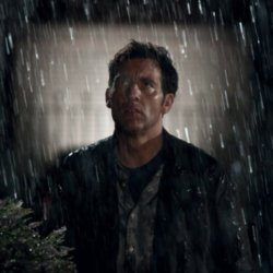 Clive Owen in Intruders