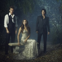 Top 5 Hottest Vampire Diaries Characters