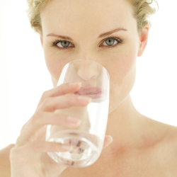 Experts warn of health risks of dehydration