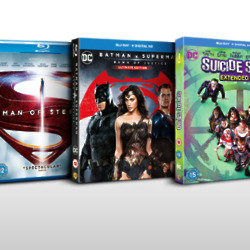 JUSTICE LEAGUE Blu-Ray™  Bundle