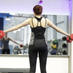 More women are lifting weights in the gym