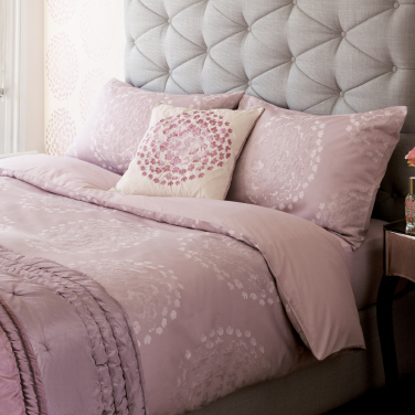 Gosford Print Bedlinen Set. Laura Ashley Sale Up To 50  Off  Bedding