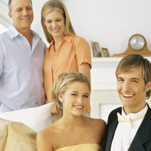 Dating while living at home with parents