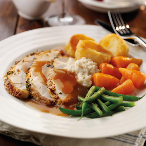 Classic roast chicken with gravy for Roast chicken uk