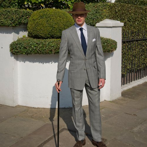 Oliver Brown presents men's classic summer suits
