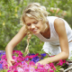 5 minutes in the garden lowers stress and recharges batteries